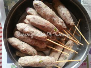 Sprouted Kala Chana Seekh Kababs