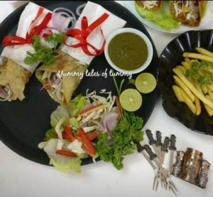 Read more about the article Paneer Frankie Recipe | Paneer Kathi Rolls recipe