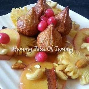 Dalia Modak with Caramelised Fruits