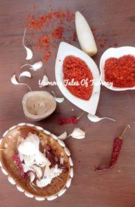 Vada pav chutney   Dry garlic coconut