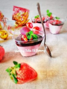 Read more about the article Strawberry and Chocolate Mousse