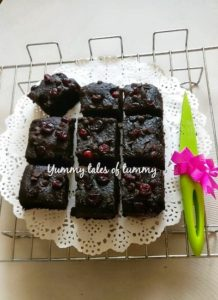 Read more about the article Eggless Whole wheat Chocolate Brownies