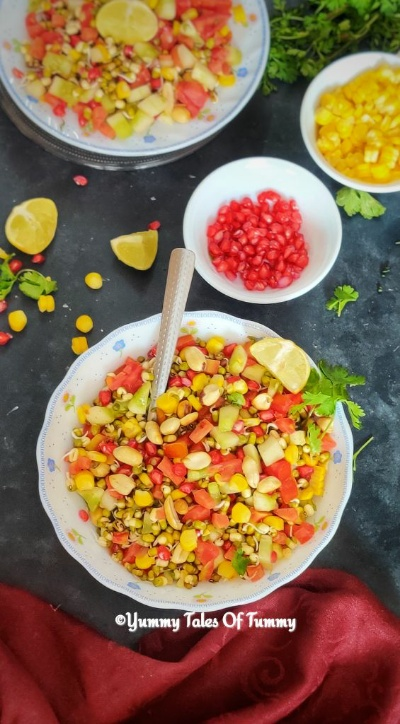 Sprouted moong bean salad