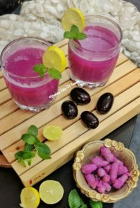 Jamun Panna served in glasses