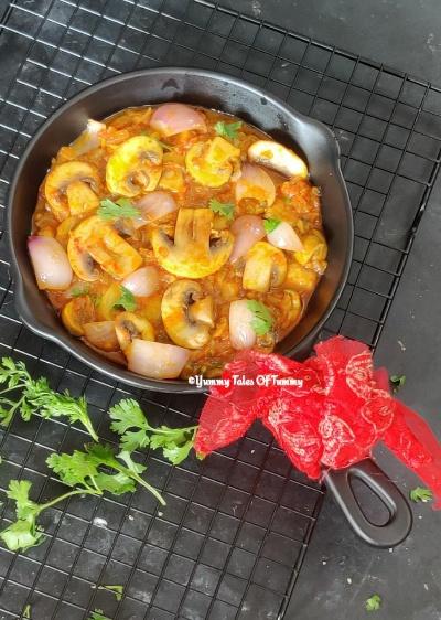 Mushroom Do Pyaza | Khumb Do Pyaza
