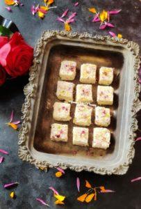 Kachhi Gulab Paak Recipe | Gulab Pak Recipe served in metal tray