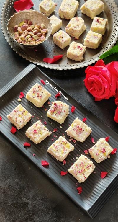 You are currently viewing Kachhi Gulab Paak Recipe | Gulab Pak Recipe